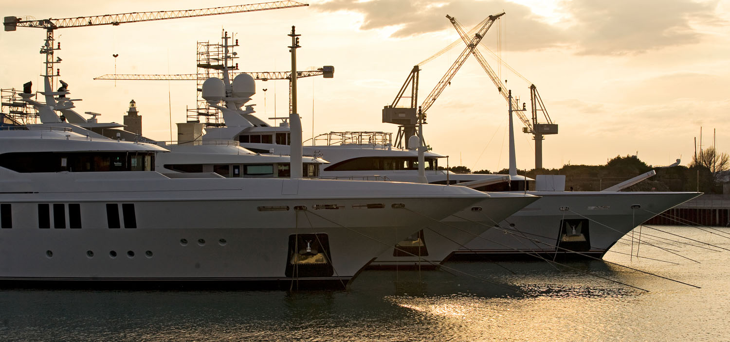 Build a luxury superyacht with Fraser