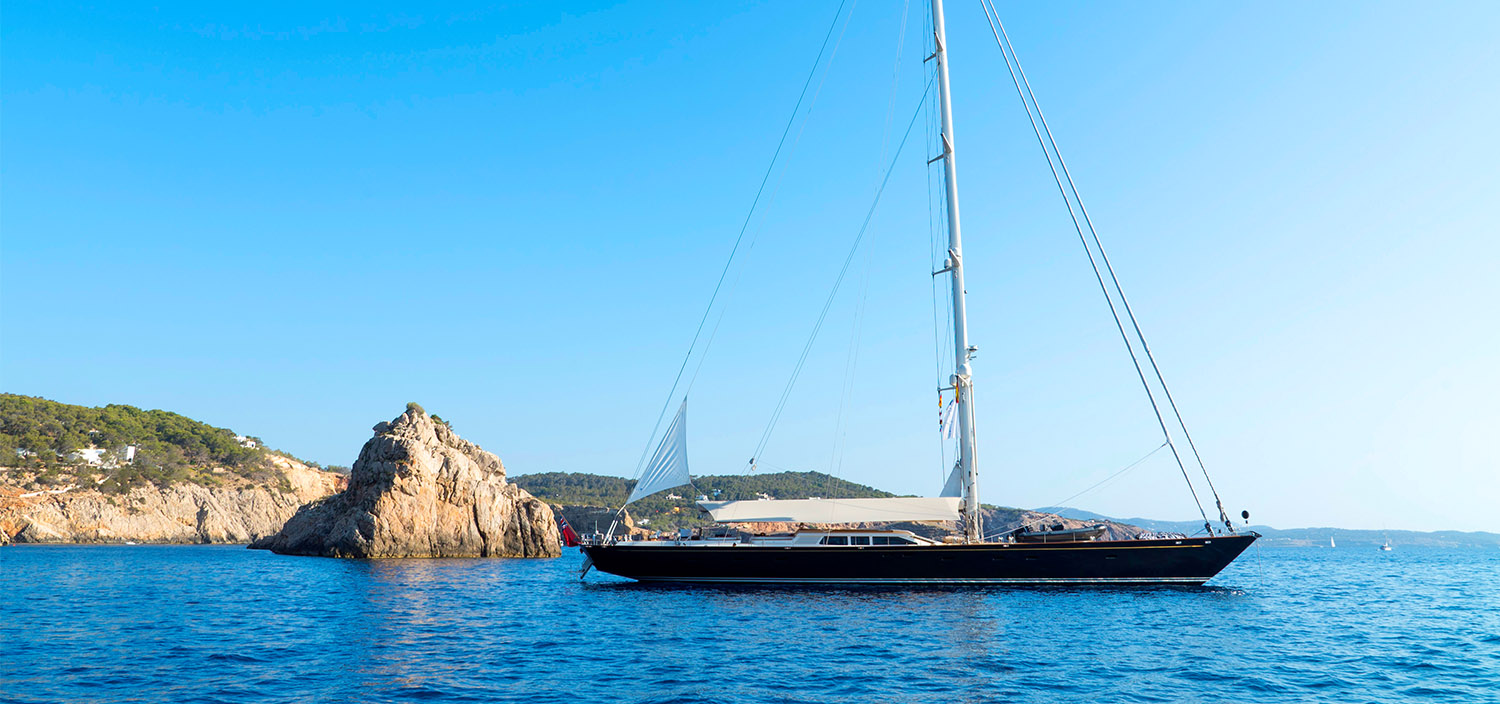 Browse sailing yachts for sale with Fraser