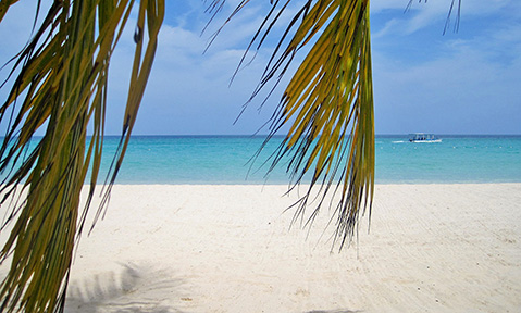 A Jamaica yacht charter with Fraser sails to deserted palm-fringed beaches