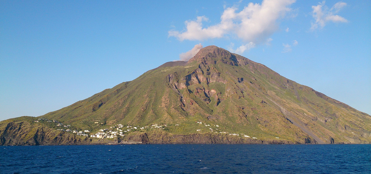 Enjoy the views of volcanic islands on a Stromboli yacht charter