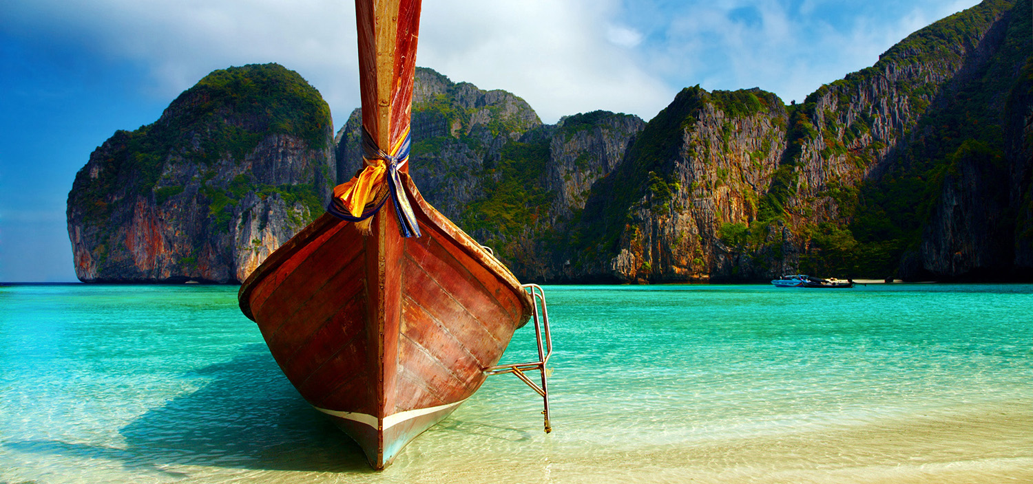 Thailand Yacht Charter boat in tropical bay