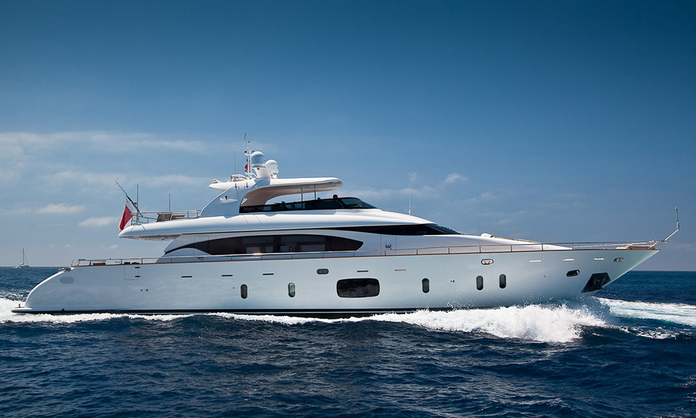 Fraser welcomes motor yacht AUBREY from Maiora to the sales fleet