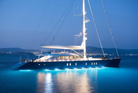 ALL ABOUT U2 yacht