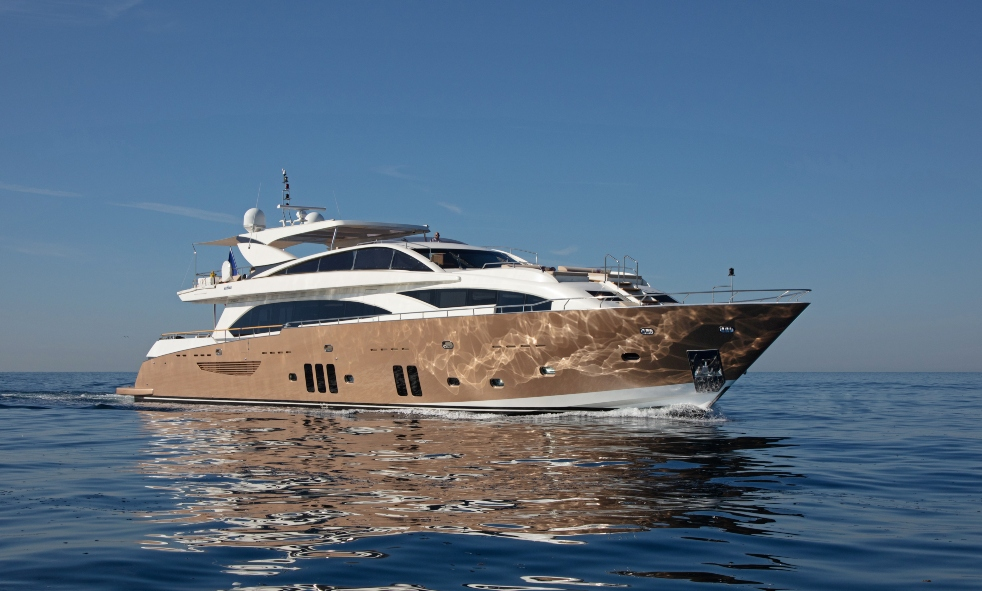 M/Y MAYAMA sold by Fraser