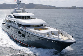 luxury yacht brokers