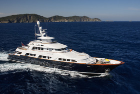 superyacht for sale L'ALBATROS Fraser Yachts