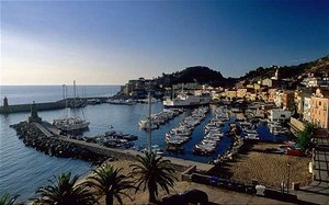 Giglio - Italy yacht charter